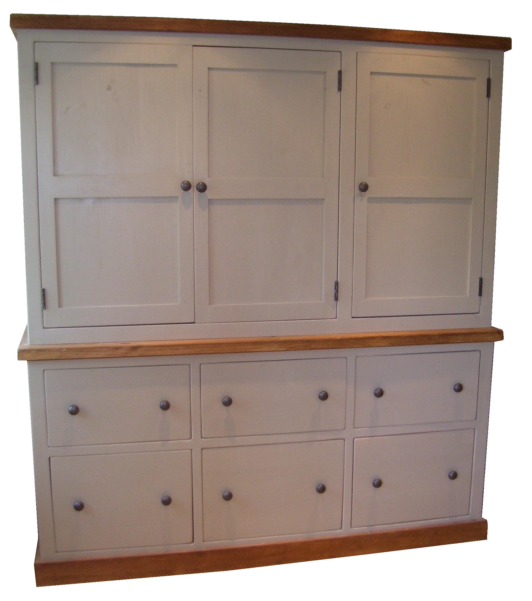 Luxurious oak kitchen larder cabinet sustainable for Oak kitchen larder units
